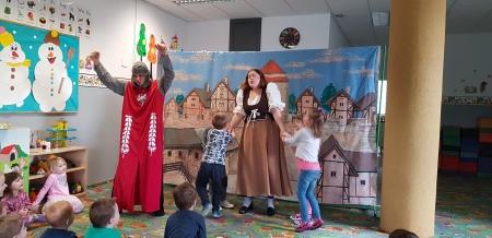 Teatr Blaszany Bębenek w przedszkolu