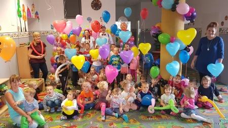 Balonowy Twister w przedszkolu